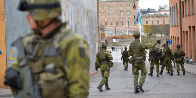 Tiotusentals ville träffa försvaret P4 Stockholm