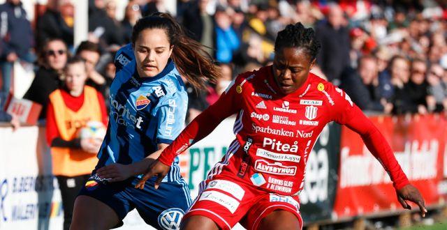 Faith Ikidi i Piteå med Malin Diaz i Djurgården. Arkiv. Pär Bäckström/TT / TT NYHETSBYRÅN