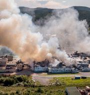 Fabriken totalförstördes. Jens Ökvist / TT / TT NYHETSBYRÅN