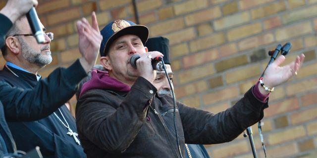 Hostens kris lyfte solidariteten