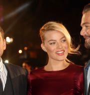 Skådespelarna Jonah Hill, Margot Robbie och Leonardo DiCaprio vid Londonpremiären för två år sedan. Jon Furniss Photography / Invision