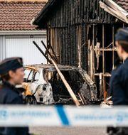 Avspärrningar vid garagebranden. Johan Nilsson/TT / TT NYHETSBYRÅN