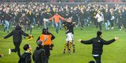 Per Karlsson och matchvinnaren Robin Jansson jublar på planen efter slutsignalen i söndagens fotbollsmatch i allsvenskan mellan Kalmar FF och AIK på Guldfågeln Arena Jonas Ekströmer/TT / TT NYHETSBYRÅN
