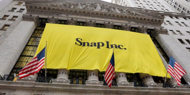 Arkivbild: Snap Inc introduceras på New York-börsen den 1 mars i år. Richard Drew / TT / NTB Scanpix