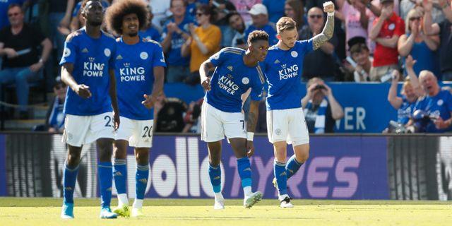 Leicester jublar efter 2–1. DAVID KLEIN / TT NYHETSBYRÅN