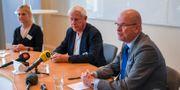 Erik Weiman, till höger, vid en tidigare pressträff.  Fredrik Sandberg/TT / TT NYHETSBYRÅN