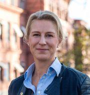 Det kan vara svårt att prata om hur vi mår, men att våga fråga är viktigt, säger Cajsa Kaarme, hälso- och rehabvägledare hos Skandias samarbetspartner Sophiahemmet Rehabcenter.