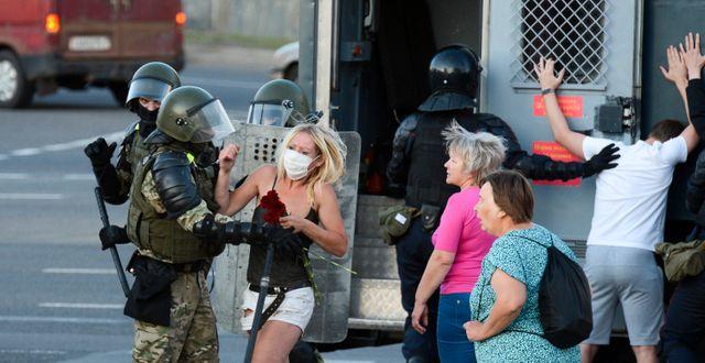Protester i Belarus. TT NYHETSBYRÅN