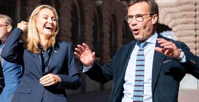 Ebba Busch och Ulf Kristersson. Amir Nabizadeh/TT / TT NYHETSBYRÅN
