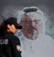 Turkisk polis vid målning av Khashoggi i Istanbul/Arkivbild Lefteris Pitarakis / TT NYHETSBYRÅN