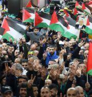 Protester mot Trumps plans har redan utbrutit.  AHMAD GHARABLI / AFP