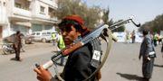 Huthisoldat i Jemen. Mohamed Al-Sayaghi / TT NYHETSBYRÅN