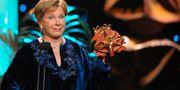 """Bibi Andersson fick priset Bästa kvinnliga biroll för rollen i filmen """"Arn"""" vid Guldbaggegalan 2008. ANDERS WIKLUND / TT / TT NYHETSBYRÅN"""
