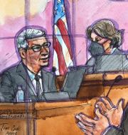Teckning inifrån rättssalen: Apples vd Tim Cook avger vittnesmål i målet som rör striden mellan Apple och Epic Games (21 maj) Vicki Behringer / TT NYHETSBYRÅN
