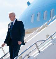 USA:s president Joe Biden landar i Genève.  Patrick Semansky / TT NYHETSBYRÅN