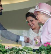 Mohammed bin Rashid al-Maktoum, prinsessan Haya och drottning Elizabeth II. Alastair Grant / TT NYHETSBYRÅN