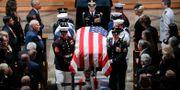 John McCains begravning.  Pablo Martinez Monsivais / TT NYHETSBYRÅN/ NTB Scanpix