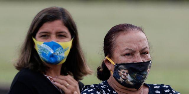 Människor i Brasilien. Illustrationsbild. Eraldo Peres / TT NYHETSBYRÅN