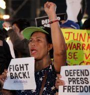 Protest mot beslutet i huvudstaden Manila.  Aaron Favila / TT NYHETSBYRÅN