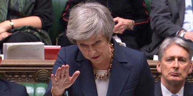 Theresa May i det brittiska parlamentet på tisdagen.  HO / AFP