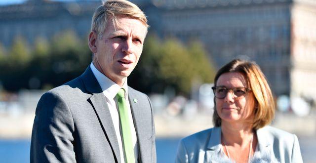 Arkivbild: Per Bolund och MP-språkröret Isabella Lövin. Karin Wesslén/TT / TT NYHETSBYRÅN