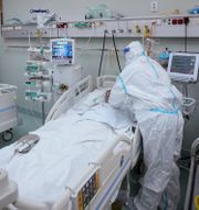 Covidpatienter intensivvårdas i Rumänien. Vadim Ghirda / TT NYHETSBYRÅN