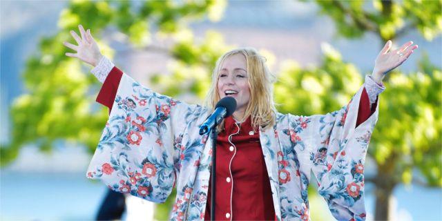 Lisa Ekdahl på Skansen på nationaldagen. TT