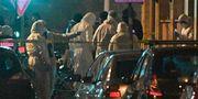 Fransk polis letar efter bevismaterial vid den plats där Cherif Chekatt sköts ihjäl.  PATRICK HERTZOG / AFP