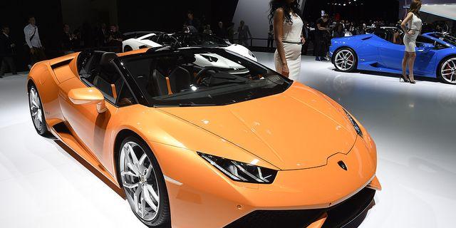 Lamborghini Huracan LP 610-4 Spyder presenterades vid bilmässan i Frankfurt i september 2015. TT