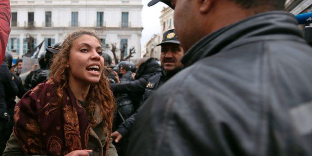 Protester i Tunisien. ZOUBEIR SOUISSI / TT NYHETSBYRÅN
