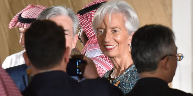 ECB-chefen Christine Lagarde med Federal Reserves Jerome Powell under G20-mötet i Riyad. FAYEZ NURELDINE / TT NYHETSBYRÅN