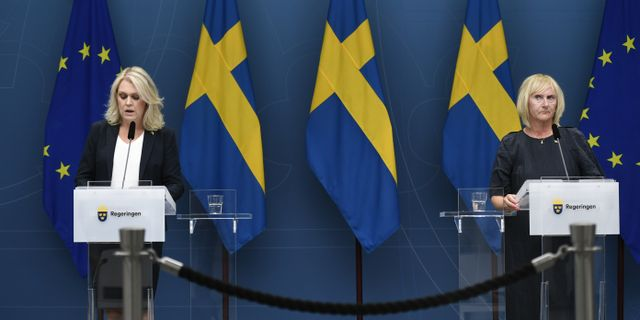 Socialminister Lena Hallengren och civilminister Lena Micko Ali Lorestani/TT / TT NYHETSBYRÅN