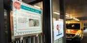 Anslag informerar om ny rutiner på grund av mässlingsutbrott vid barnakuten på Östra Sjukhuset Sahlgrenska i Göteborg. Thomas Johansson/TT / TT NYHETSBYRÅN
