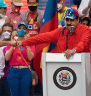 Nicolás Maduro under valrörelsen.  Ariana Cubillos / TT NYHETSBYRÅN