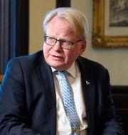 Försvarsminister Peter Hultqvist (S).  Henrik Montgomery/TT / TT NYHETSBYRÅN