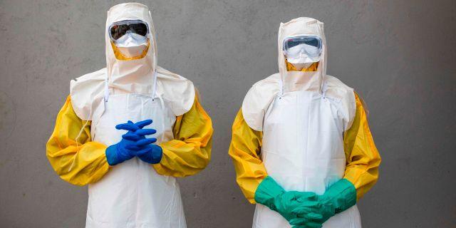 Illustrationsbild, hälsoarbetare i Sudan, som arbetar med att förhindra ebola. PATRICK MEINHARDT / AFP