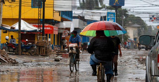 Stor förödelse efter orkanen Iota. Delmer Martinez / TT NYHETSBYRÅN