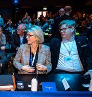 Anna Tenje, kommunstyrelsens ordförande i Växjö, partiledare Ulf Kristersson, Elisabeth Svantesson, ekonomisk-politisk talesperson, och Gunnar Strömmer, partisekreterare. Johan Nilsson/TT / TT NYHETSBYRÅN