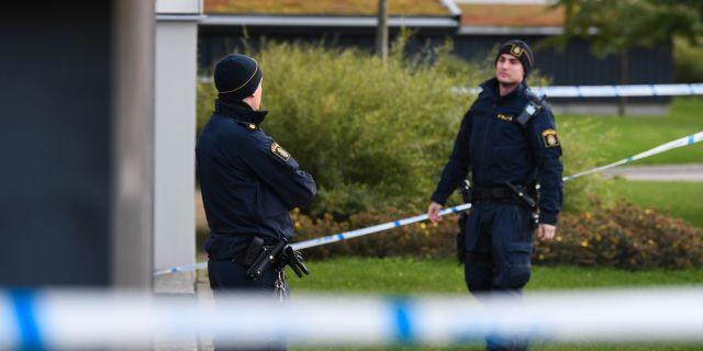 Polisen på platsen.  Johan Nilsson/TT / TT NYHETSBYRÅN