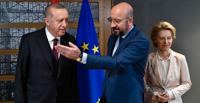 Erdogan, Michel och EU-kommissionens ordförande Ursula von der Leyen. John Thys / TT NYHETSBYRÅN