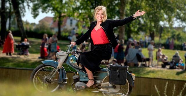 Antikrundans programledare Anne Lundberg. Magnus Liam Karlsson/SVT