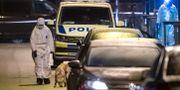 Polisens tekniker på brottspolatsen. Johan Nilsson/TT / TT NYHETSBYRÅN