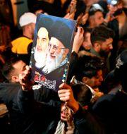 Demonstrationer i Bagdad till minnet av Qassem Soleimani och Abu Mahdi al-Muhandis. Khalid Mohammed / TT NYHETSBYRÅN