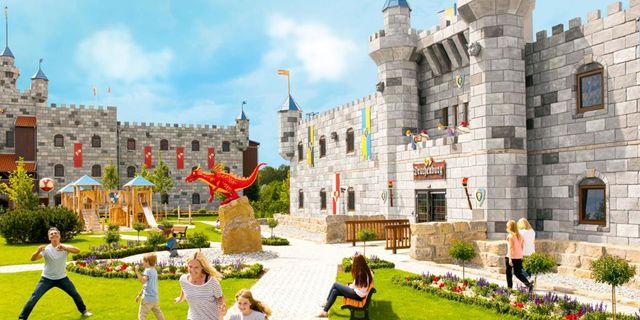 Legolands nya hotell är byggt som ett slott, där man kan välja att bo som en prinsessa, trollkarl eller riddare. Legoland Castle Hotel