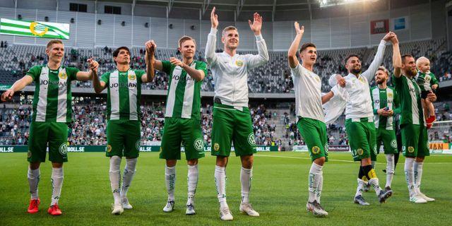 Hammarbys spelare jublar efter fotbollsmatchen i Allsvenskan mellan Hammarby och Elfsborg. ANDREAS L ERIKSSON / BILDBYRÅN