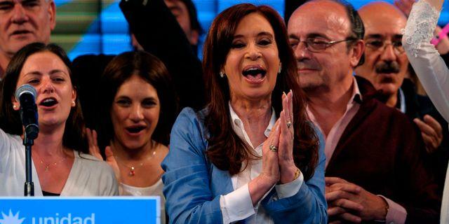 Argentinas tidigare president Kristina Kirchner under ett tal på söndagen.  ALEJANDRO PAGNI / AFP