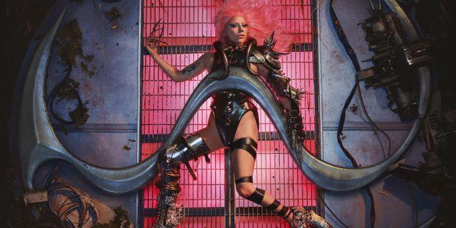 Bild på Lady Gaga som släppts i samband med nya albumet. TT NYHETSBYRÅN