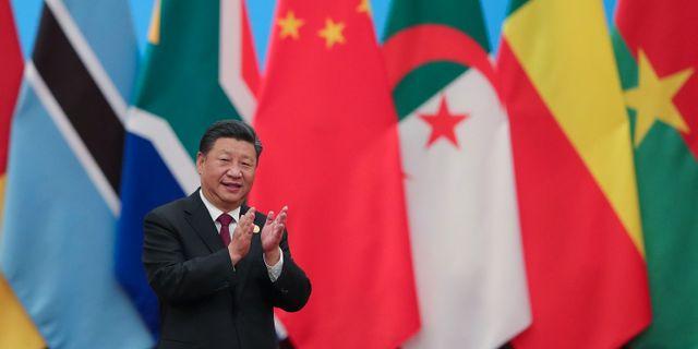 Usa bakom kinas stora overskott