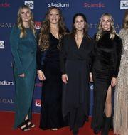 Från vänster: Sara McManus, Agnes Knochenhauer, Anna Hasselborg, Sofia Mabergs och Johanna Heldin. Claudio Bresciani/TT / TT NYHETSBYRÅN
