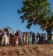Kvinnor som flytt Tigray i ett flyktingläger i Sudan. Nariman El-Mofty / TT NYHETSBYRÅN